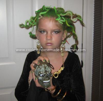 cool homemade medusa costume for a girl - Medusa Halloween Costume Kids