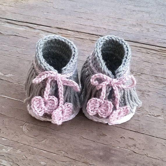 Crochet PATTERN. Dakota baby sneakers | Stiefel, Muster und Häkeln