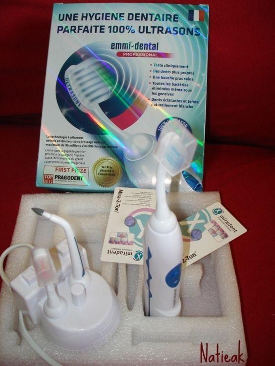 Emmi dent vous offre un superbe cadeau : un pack Emmi-dent Professional