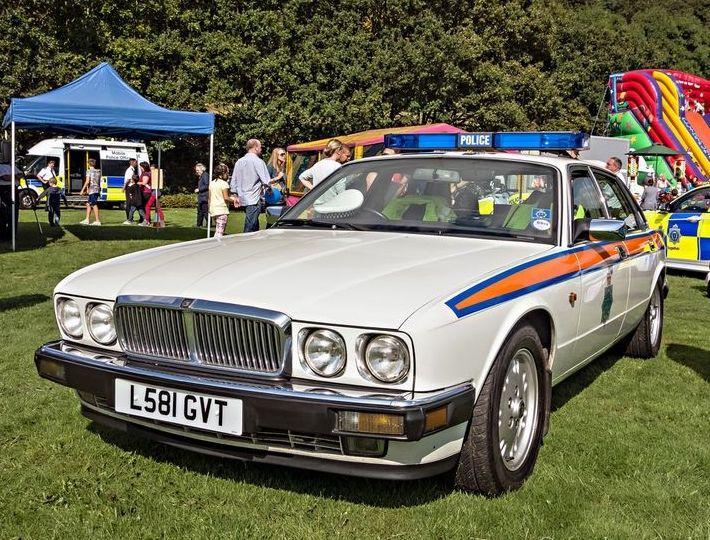 1993 JAGUAR XJ6 4.0 CC UK POLICE | Police cars, Emergency service, Police