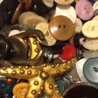 Button button button box.