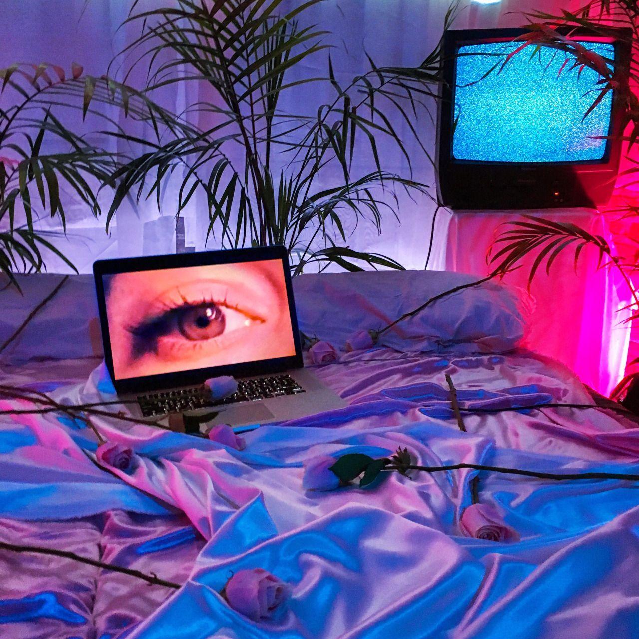 erotically uninterested   Feminist artist, Vaporwave, Neon