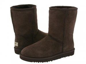 Replica Ugg Boots 5800 Classic Short Chocolate $70