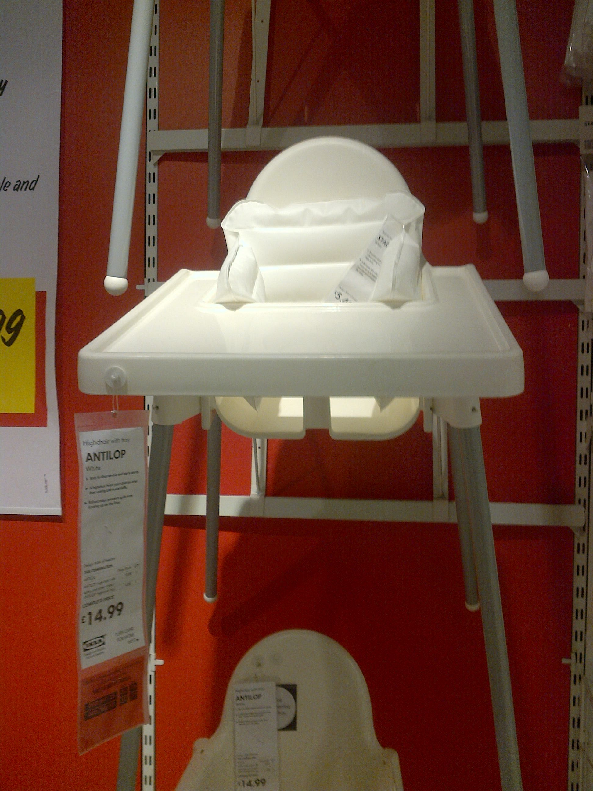 Baby high chair ikea baby high chairs pinterest for Trona madera ikea