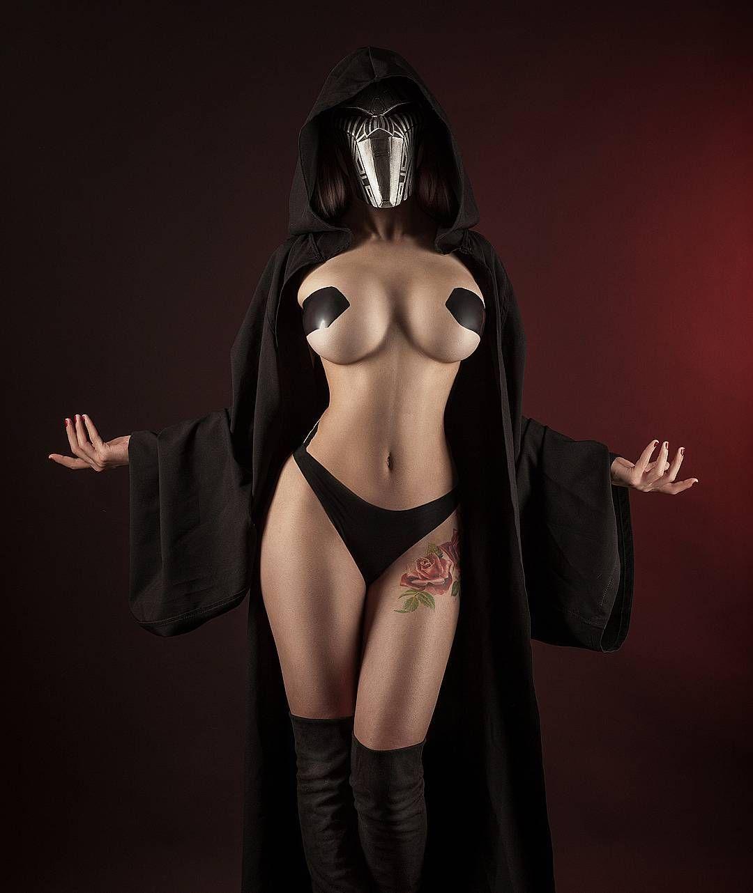 nude-star-wars-cosplay