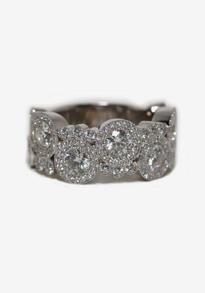 Oster Jewelers simple pretty Ooh this is an amazing option for my