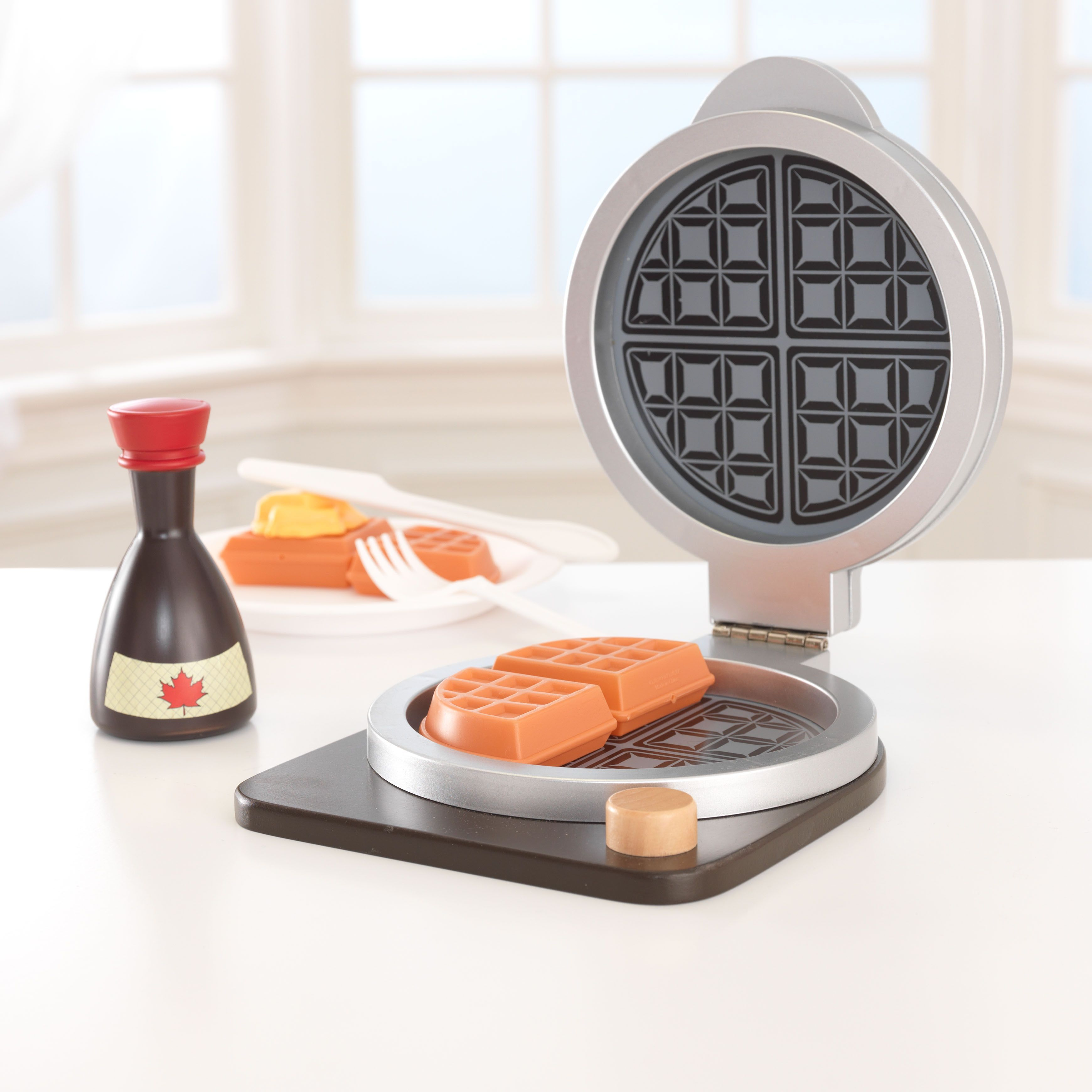 it s time to play pretend and cook up some delicious breakfast our waffle play set lets young boys and girls feel all grown up