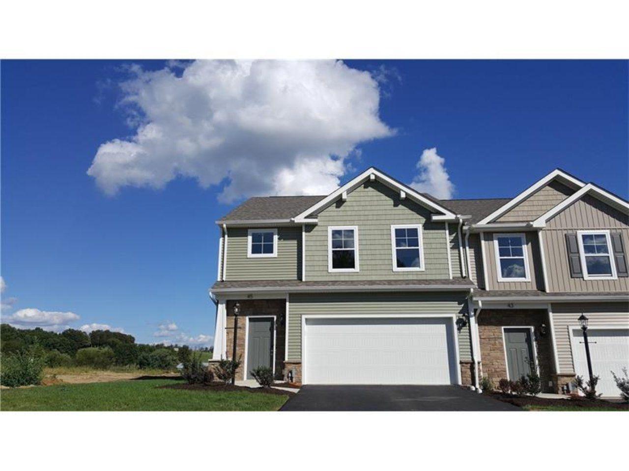 Arden Farms//Remington Dr Washington, PA 15301// Patio home