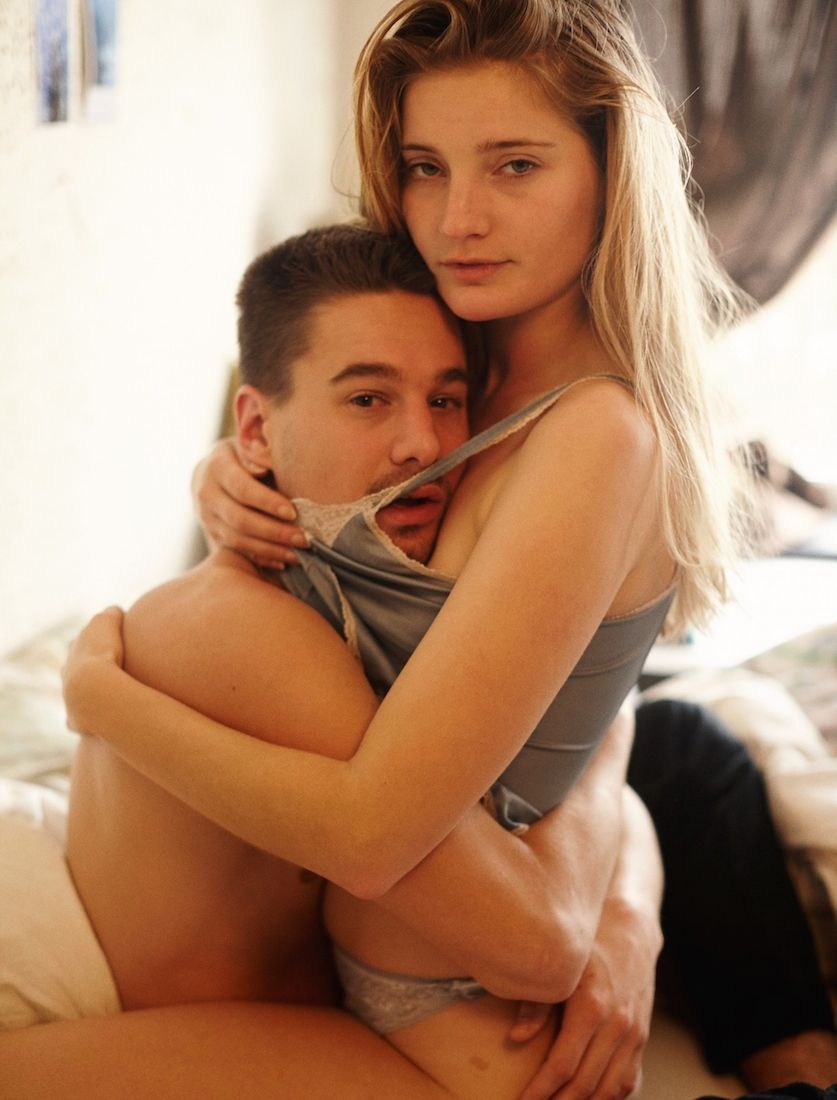 Most romantic bedroom kisses - Photographing Young Couples In Bed Around The World Read I D