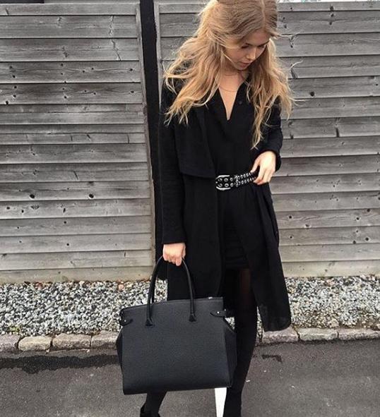 Big shopper in Black. A true DECADENT classic