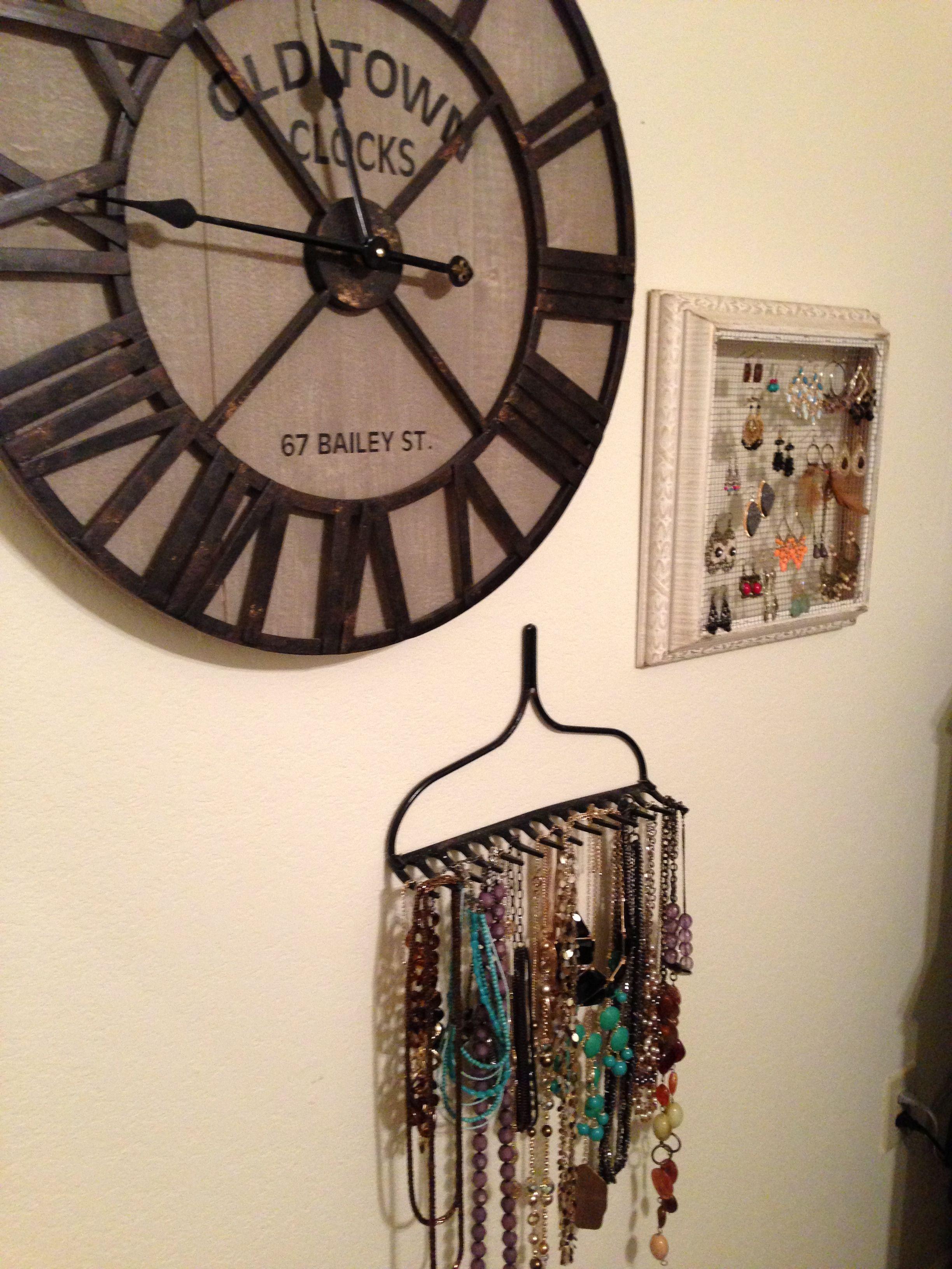 Clock from hobby lobby spray painted metal rake for home for Hobby lobby jewelry holder