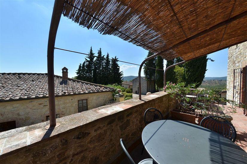 Tuscany Villa Pergola Montebuoni Rental in Lecchi in