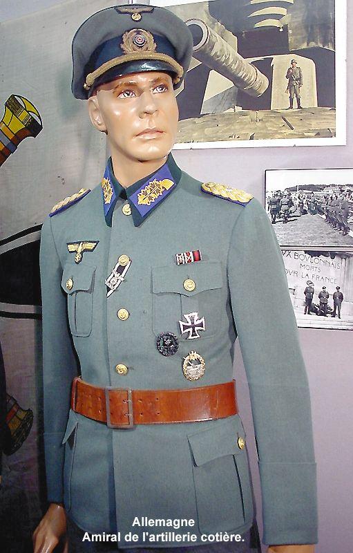 Museo de Amblettes - Uniform Admiral Coast