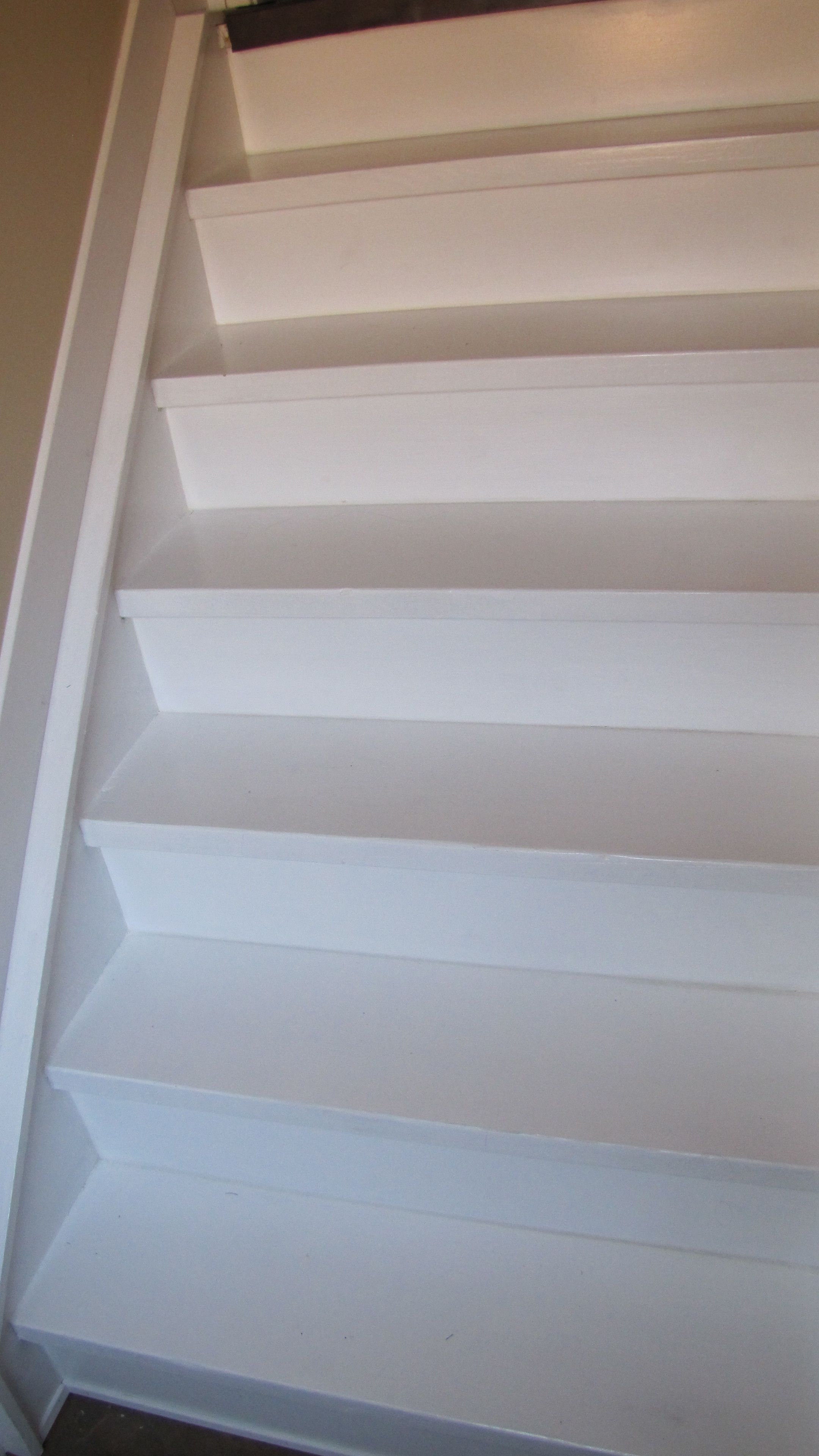 howto stairs stripped to subfloor & painted Diy stairs