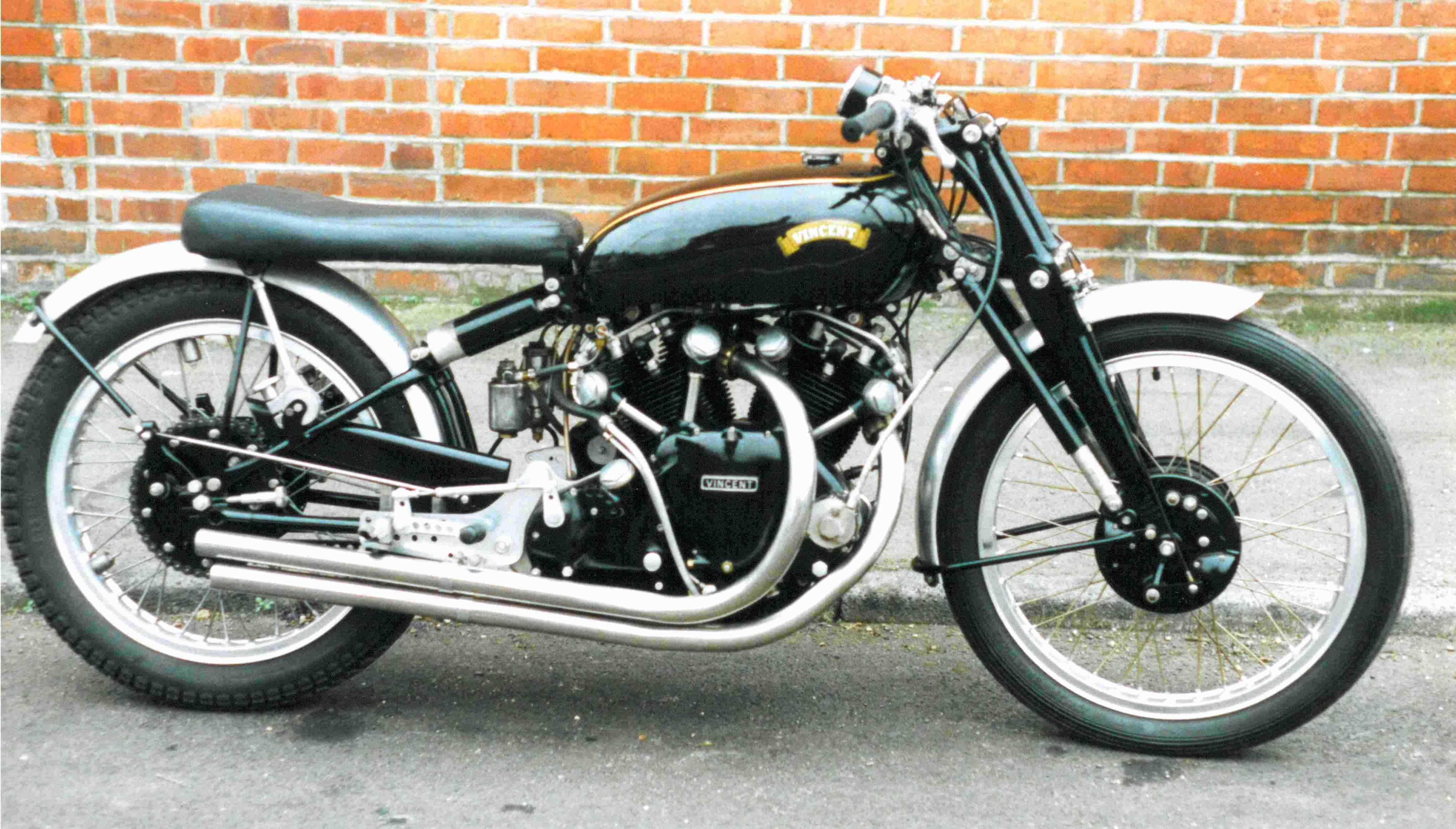 1952 Vincent Black Lightning Retro Bike