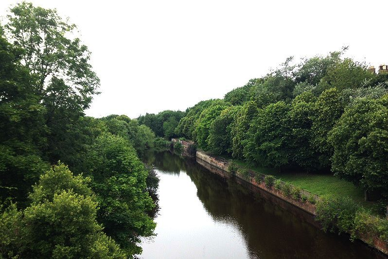 #ThisIsEdinburgh24 Take a stroll along the #WaterOfLeith, from the city to the shore!