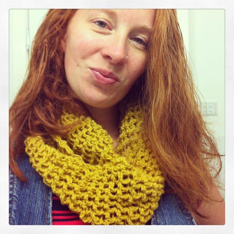 Crochet Circle scarf tutorial