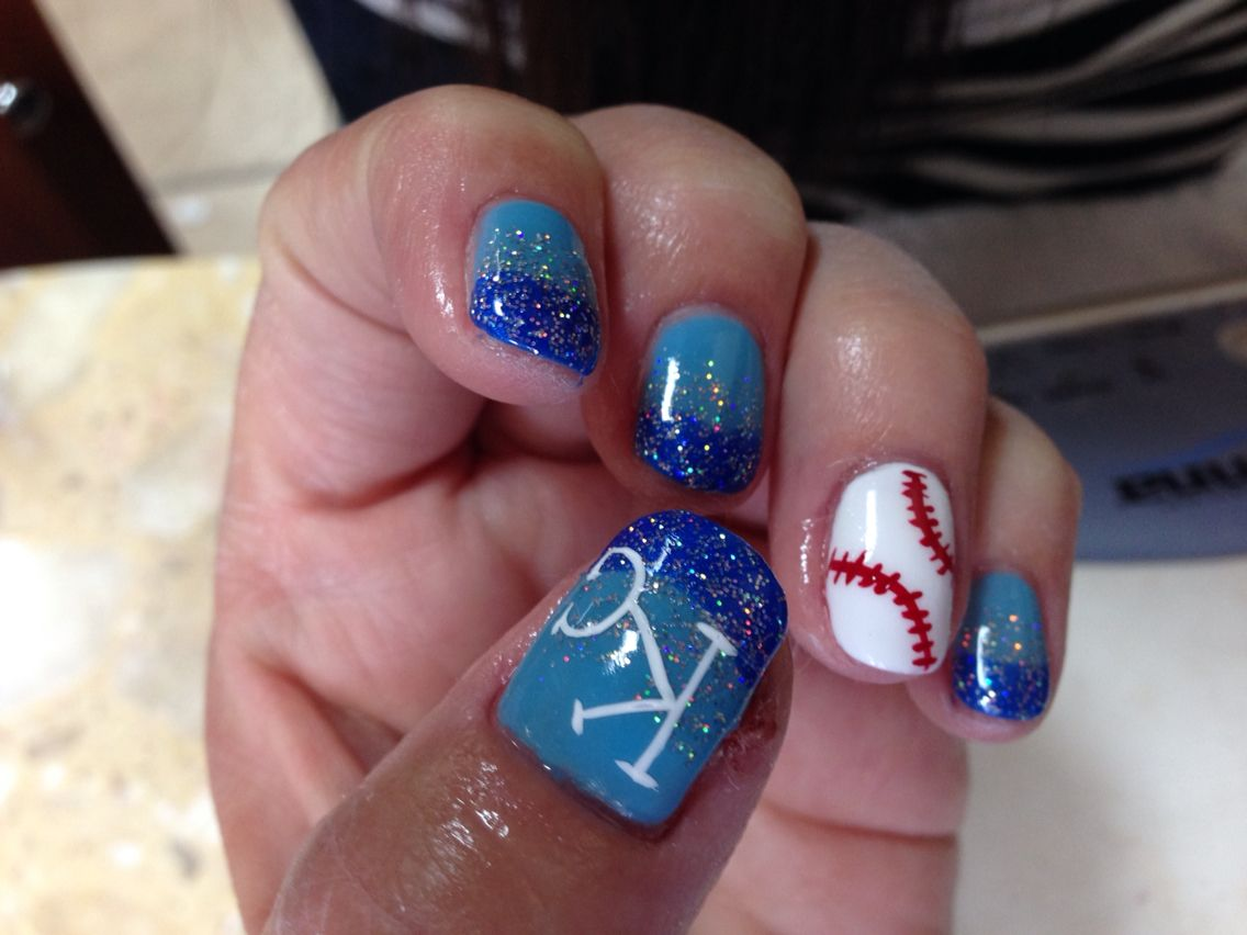 KC Royals nails by Song @ LSMO Foxy Nails | Nails | Pinterest | Make up