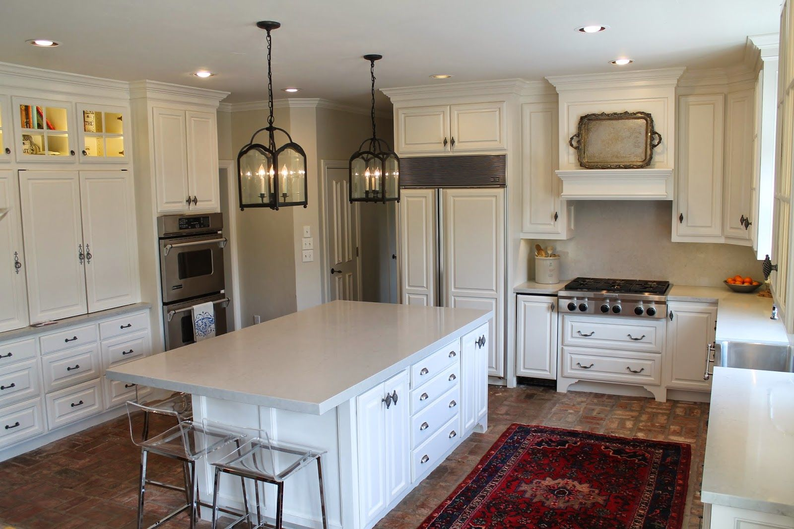 The Paint Throughout The Kitchen And Family Room Is Benjamin Moore
