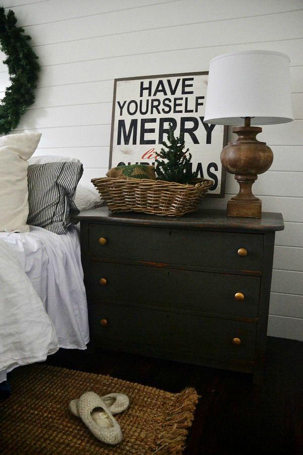 Simple Christmas Bedroom -