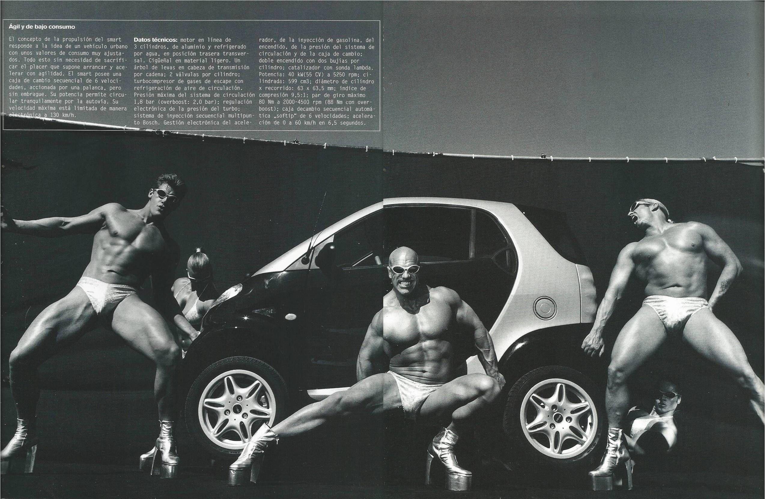 """Equipo de culturistas, por Max Vadukul. Extracto del libro promocional Smart """"Reduce to the max"""" 1998."""