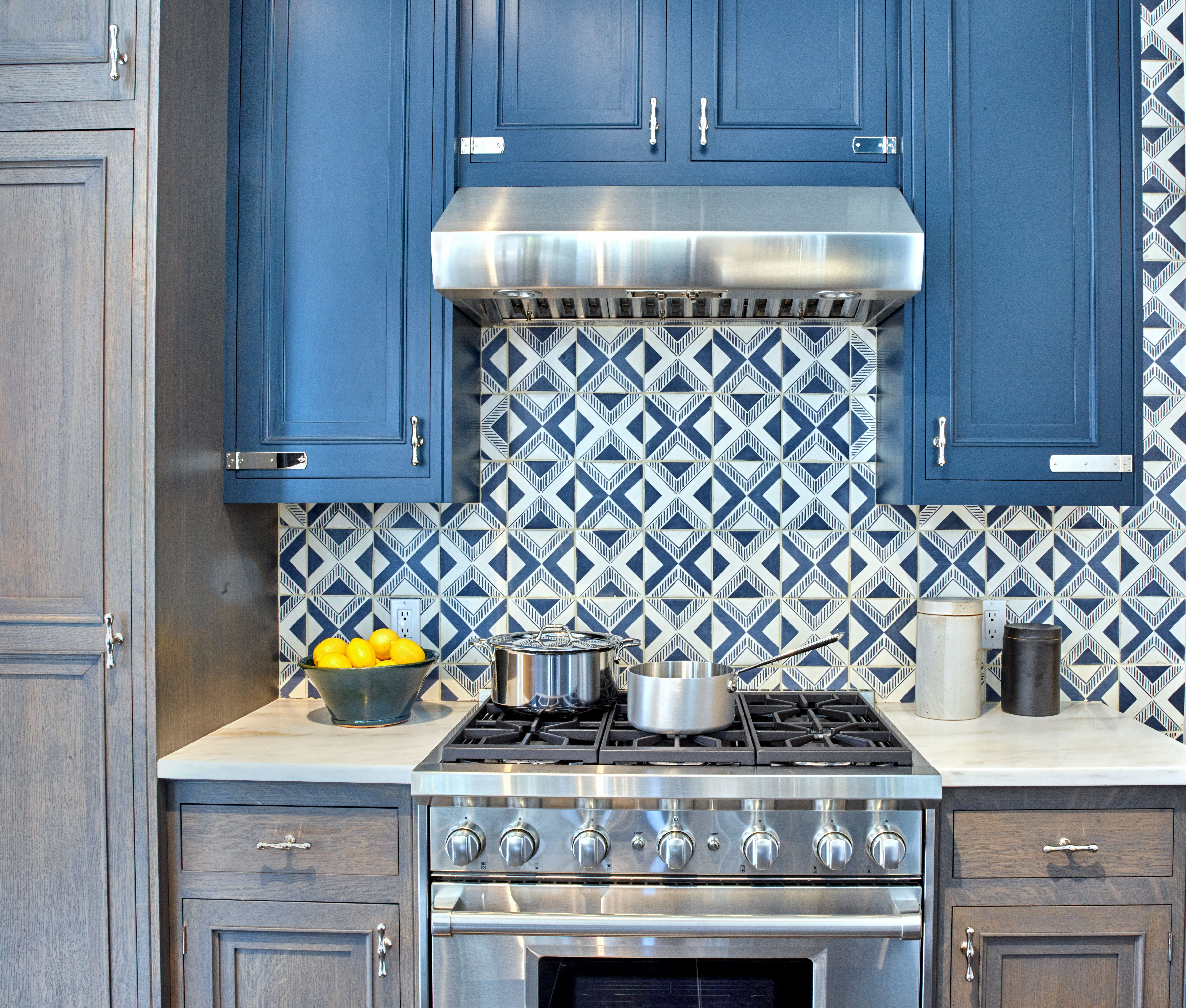 Best Belden Cabinetry With Images Classic Kitchen Cabinets 400 x 300