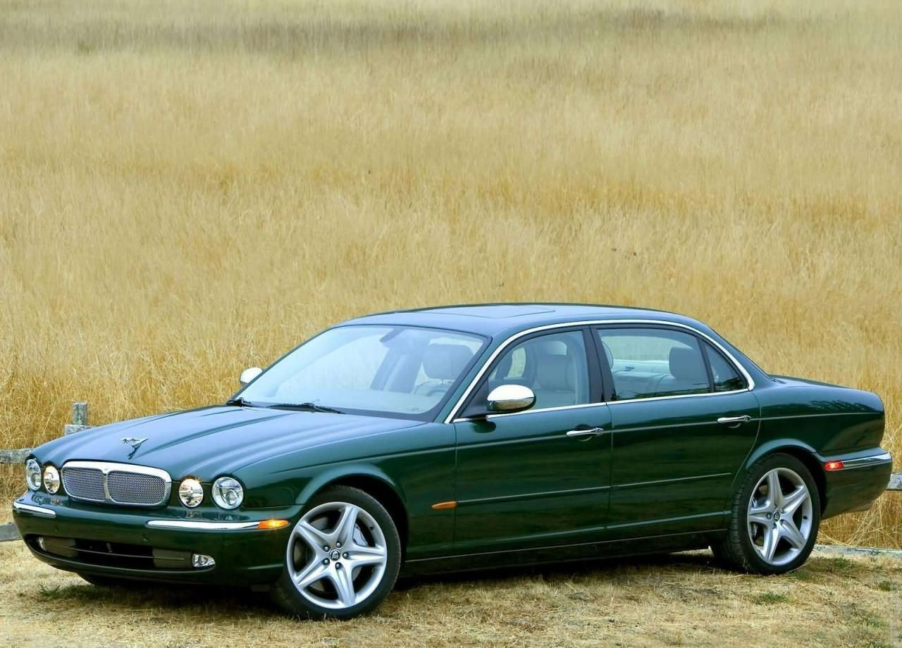 2005 jaguar xj super v8 british racing green my dream. Black Bedroom Furniture Sets. Home Design Ideas