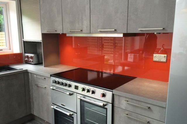 Best Adding A Strong Touch Of Colour To These Grey Cupboards 400 x 300