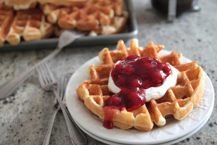 Cherry Cheesecake Sour Cream Waffles Light And Fluffy Sour Cream Waffles With Cream Cheese Topping And Cherry Sauce Cherry Cheesecake Waffles Recipes