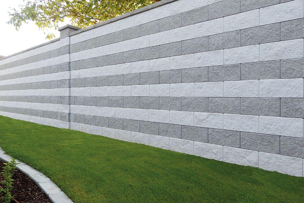Ob Als Grundstucksbegrenzung Sichtschutz Oder Umrandung Gestalte Deinen Individuellen Sichtschutz Mit Hausler Gartenmauern Gartenmauer Gartengestaltung