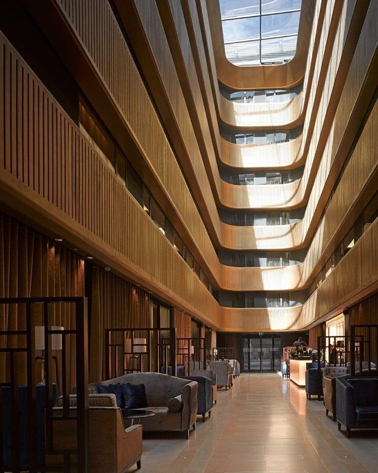 Interior design home una sala de cine 1920 convertida en for 1920s hotel decor