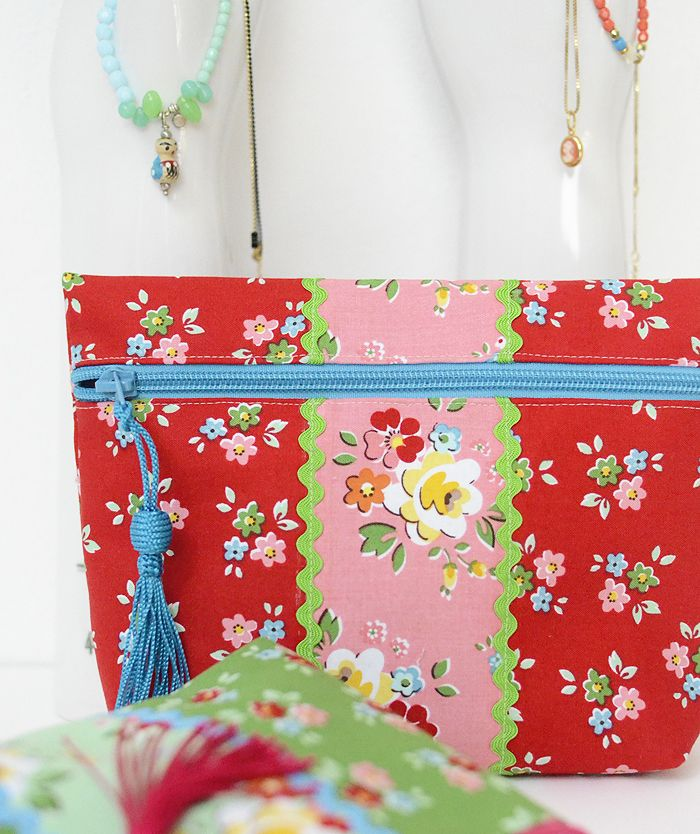 Simple Zip Pouch Tutorial | Quilting Patterns | Zip pouch