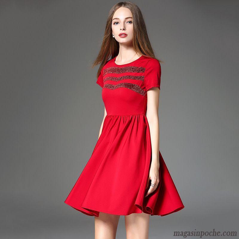 Robe rouge de marque