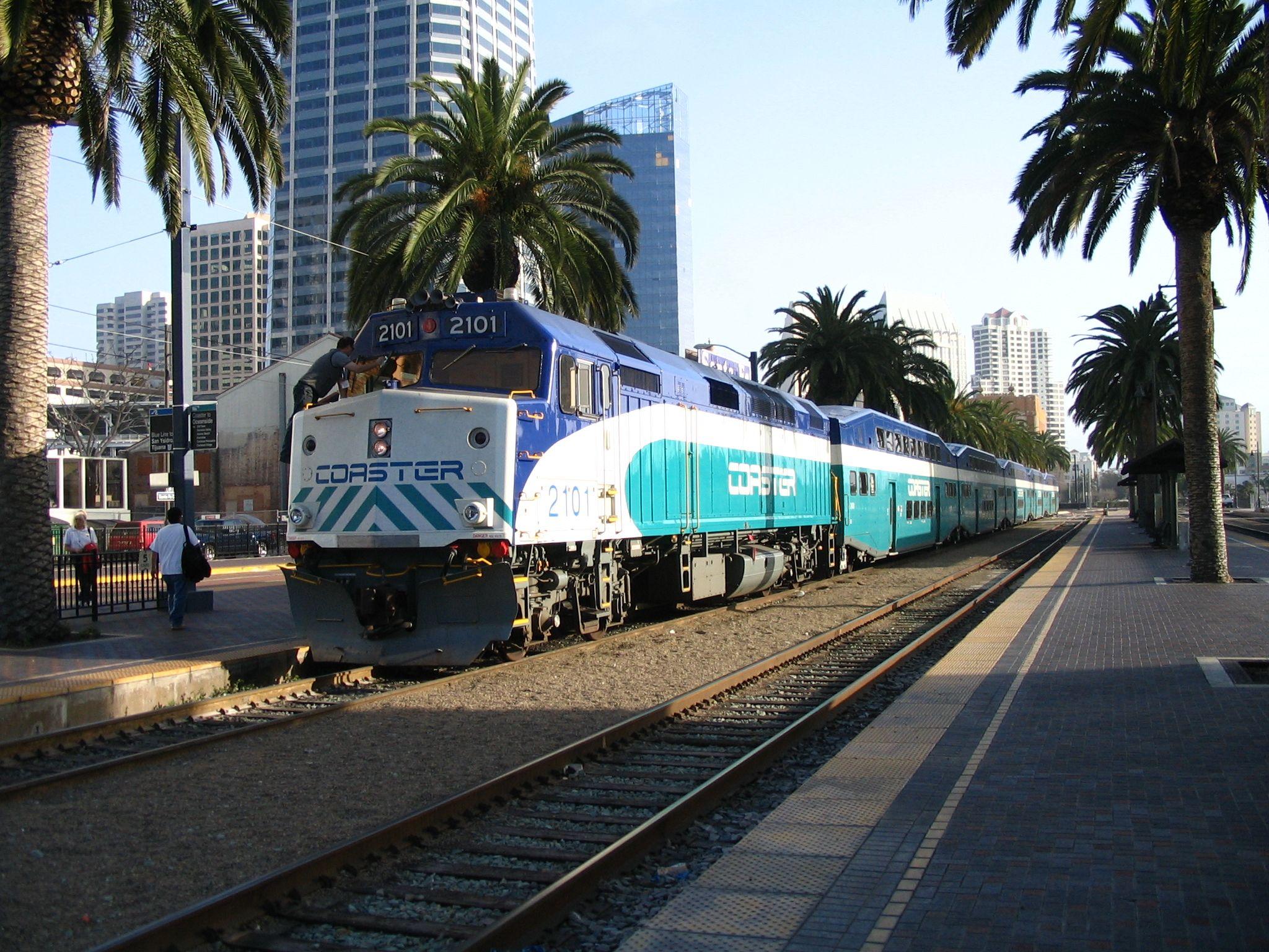 F40PH2C Commuter train, Diesel