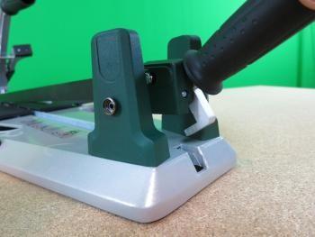 fliesenschneider mit feststellhebel fliesenschneider pinterest. Black Bedroom Furniture Sets. Home Design Ideas