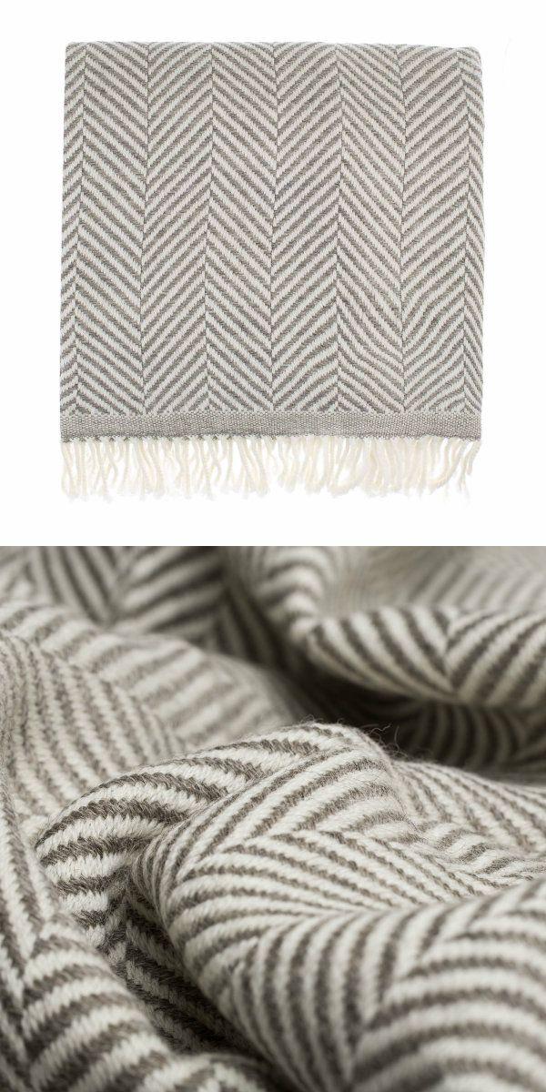 Unsere Wolldecke Salla Kommt In Einem Modern Eleganten Look Mit