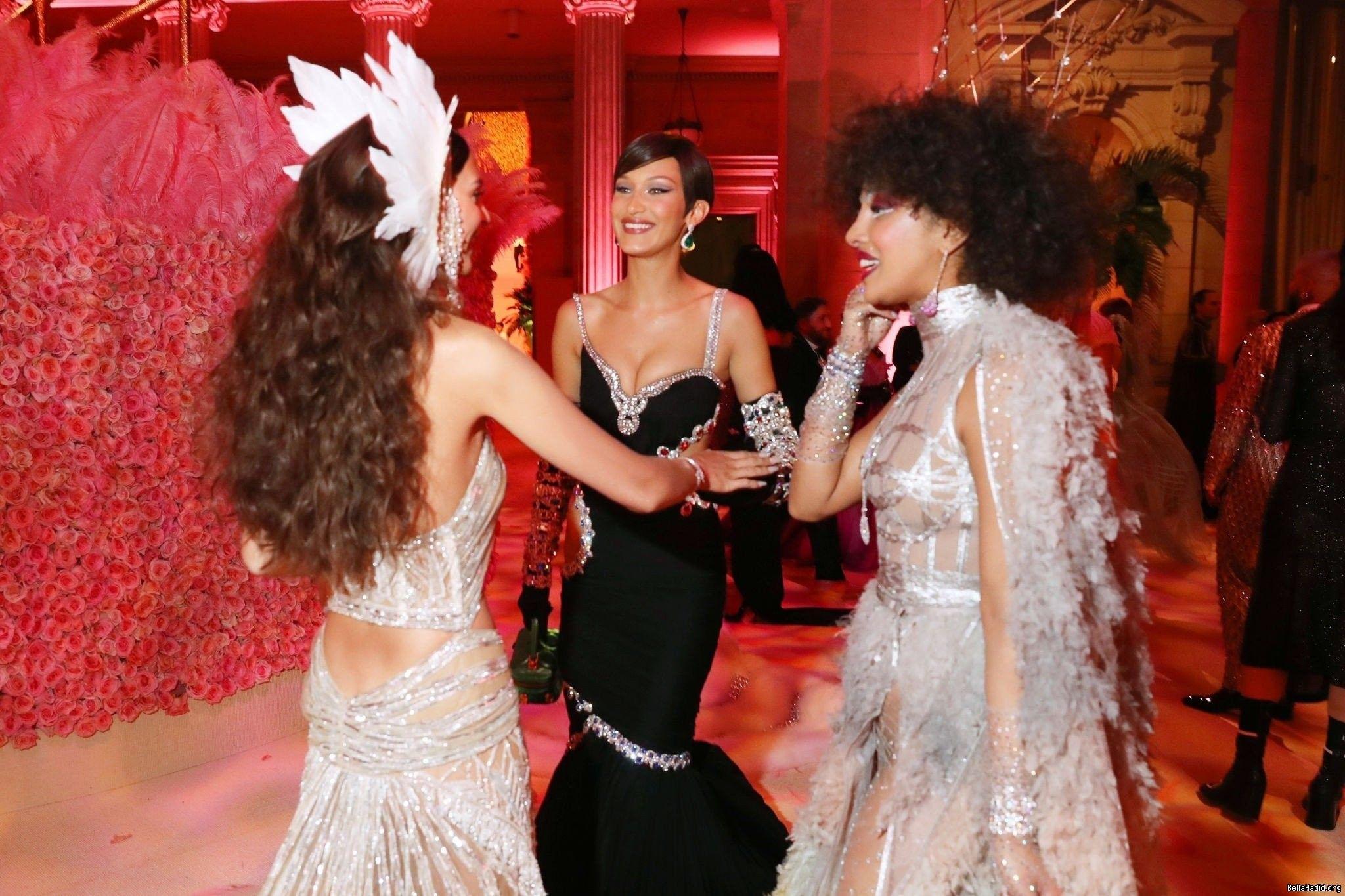 Met Gala 2019 L R Emily Ratajkowski Bella Hadid Priyanka Chopra Hollywood Divas Met Gala Bella Hadid