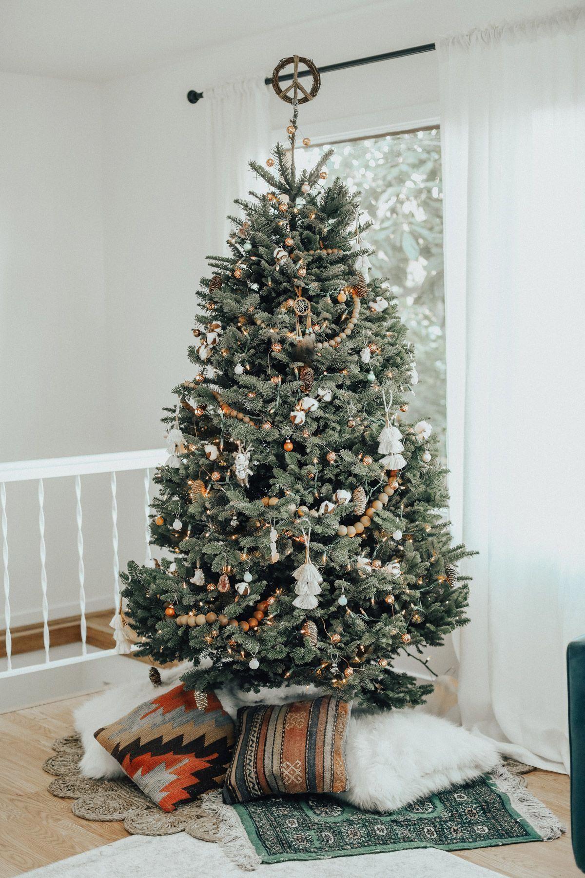 Christmas Gift Ideas To Make For Family Christmas Cards Reddit Boho Christmas Tree Boho Christmas Decor Bohemian Christmas