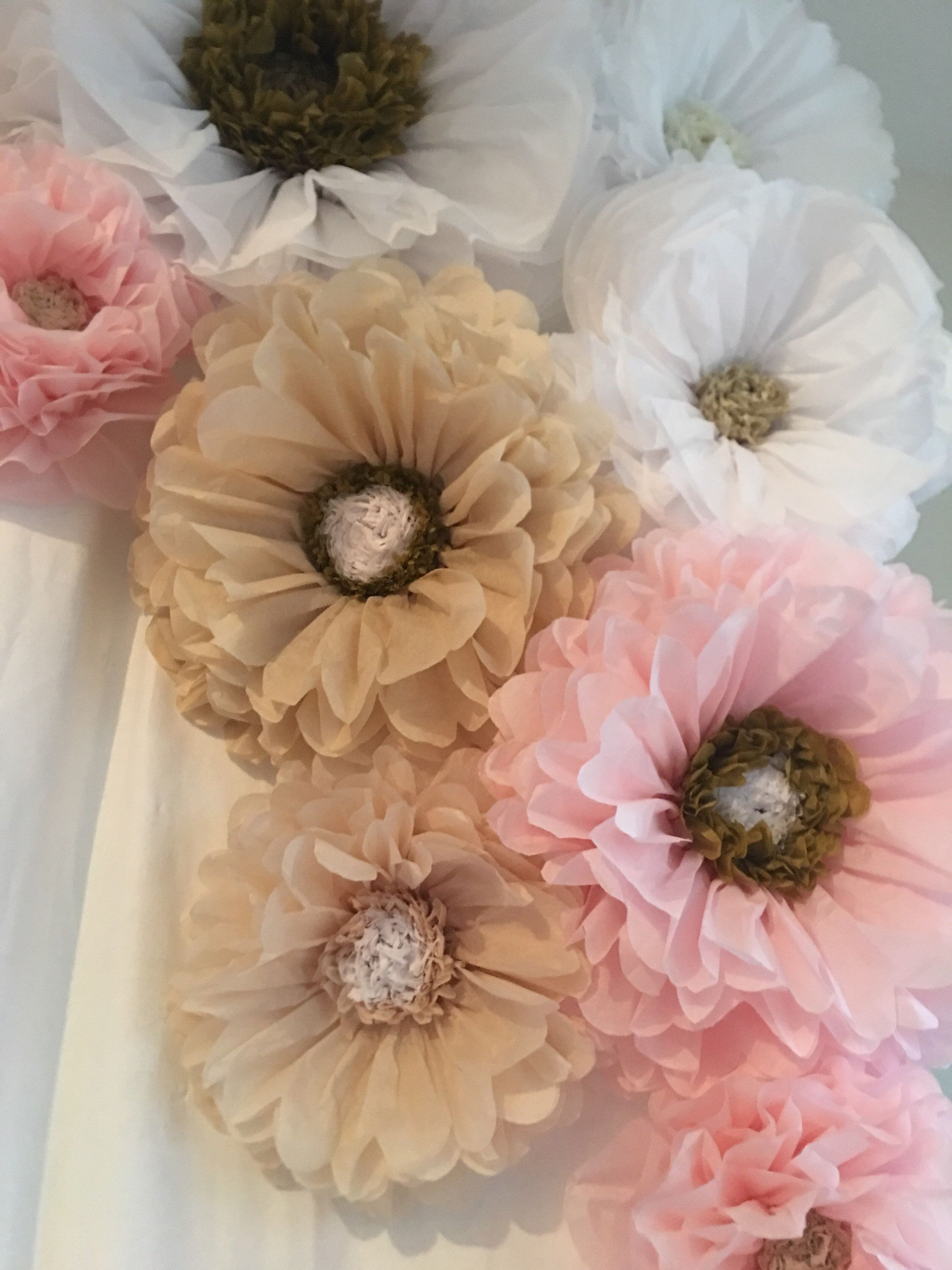 Pink White And Champagne Paper Flower Backdrop Gorgeous For Weddings Quinceaneras Sweet Sixteen Parties And Bridal Showers Flower Backdrop Paper Flower Backdrop Paper Flowers
