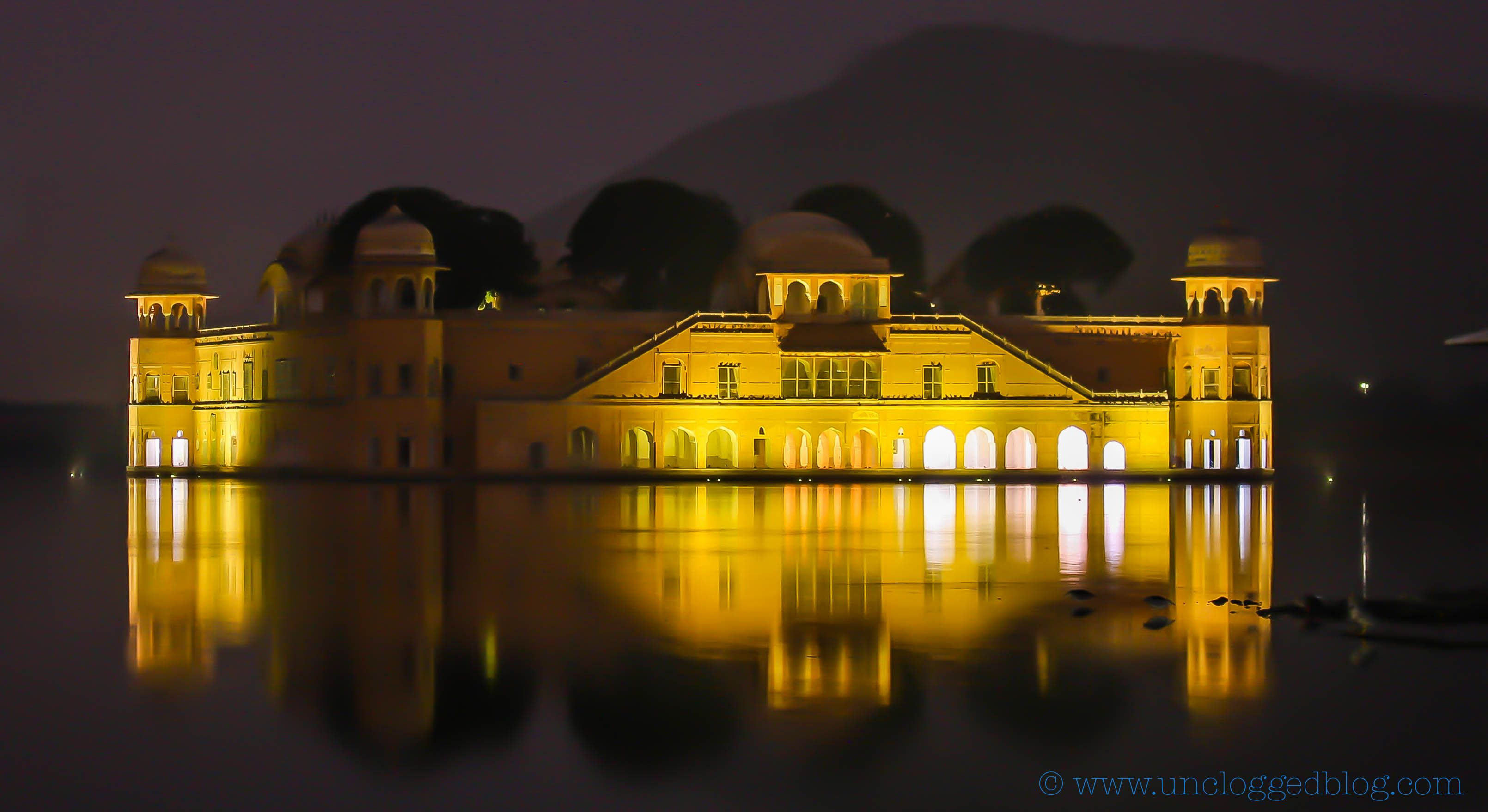 Twilight at the Jal Mahal.