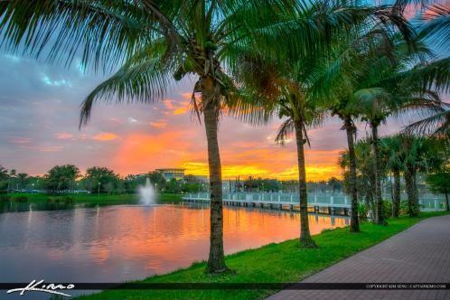 6819d9268e7d19e67c5dc526152df95d - South Moon Under Palm Beach Gardens