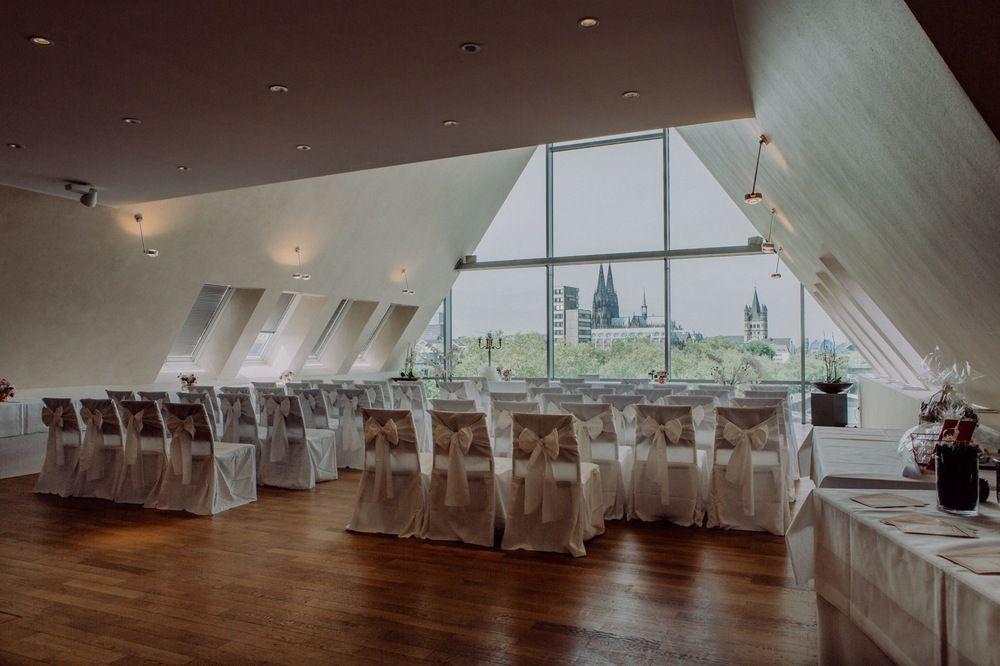 Hochzeislocation Bel Etage Innenaufnahme In 2020 Hochzeitslocation Hochzeitsort Schokoladenmuseum