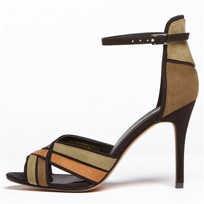 Pimkie.de : Total hohe und sehr feminine Sandaletten.