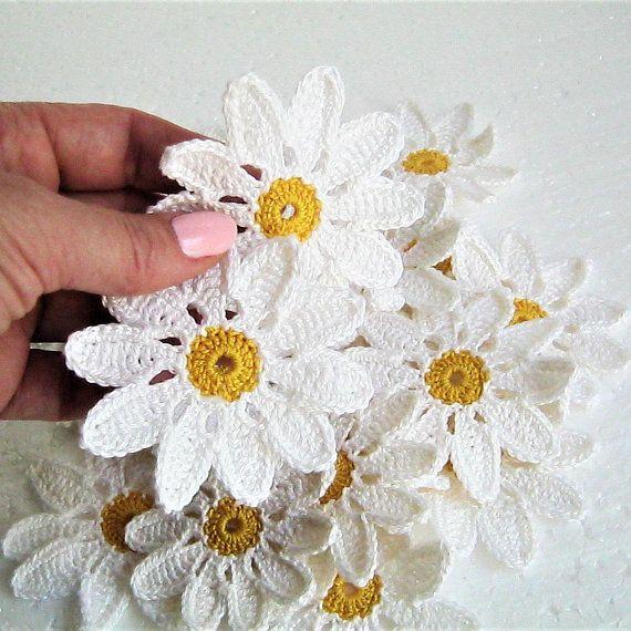 white Flower motifs, applique Crocheted flower chamomiles, scrapbook crochet elements chamomiles, сrochet decor flower, Irish lace flower #crochetelements