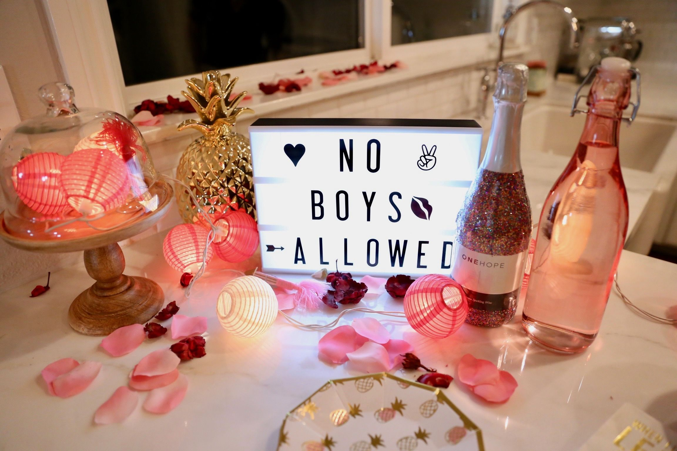 fabulous galentines day party - HD2304×1536