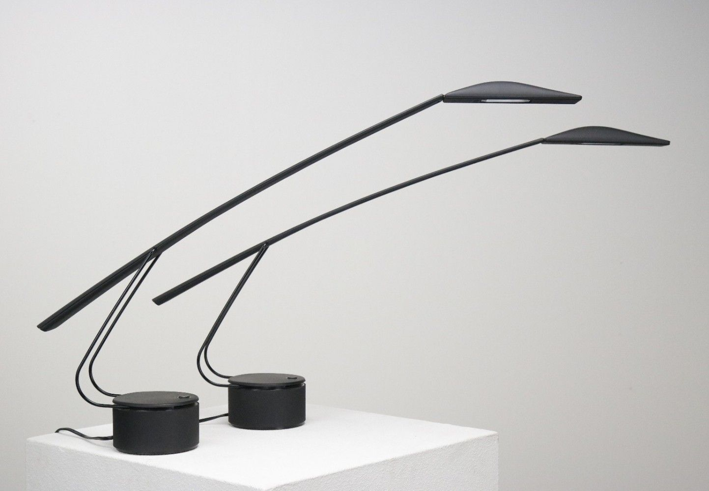 2 X Dove Desk Lamp By Mario Barbaglia Marco Colombo For Paf Studios 1980s Desk Lamp Lamp Upcycle Lamp