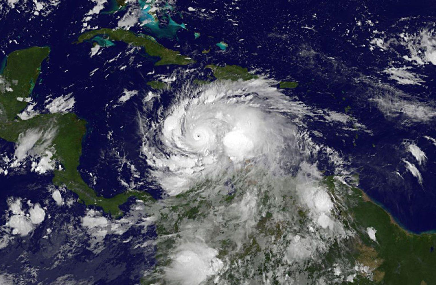 What Made Hurricane Matthew So Strong?