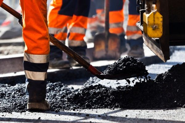 With The Constantly Rising Cost Of Hot Asphalt There Has Never Been A Better Time To Preserve What You Already Asphalt Repair Asphalt Patch Sign Installation