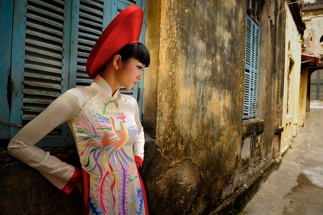 Vietnam's national dress – the ao dai   Visions of Indochina