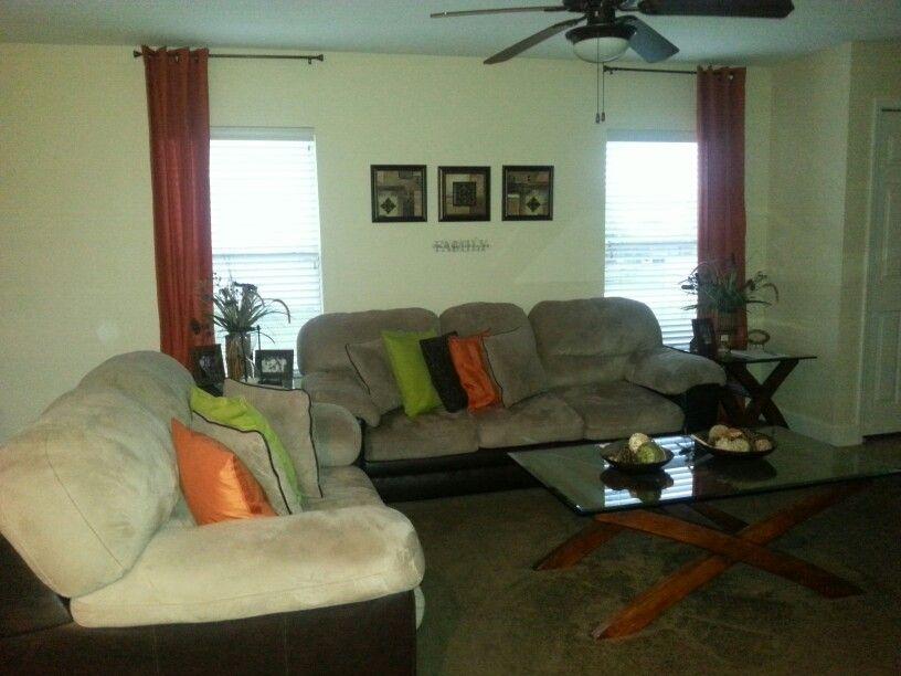 Verde crema naranja y marr n mi sala decoraci n del for Decoracion hogar naranja